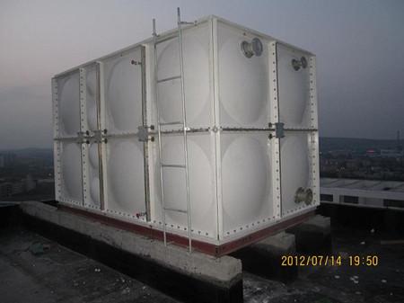 玻璃鋼生活水箱安裝完畢效果圖